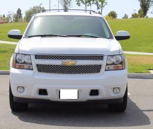 Low Cost 2007 Chevrolett Tahoe AWDWheelss 5.3 White for Sale in Phoenix, AZ