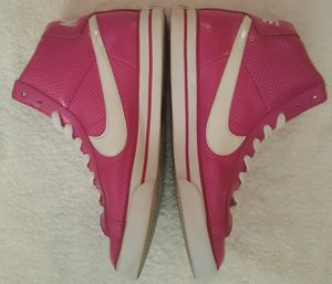 Nike sweet classic High/ sz 10 for Sale in College Park, GA