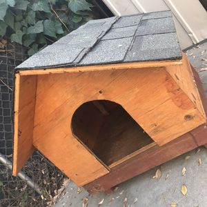 Wooden Dog House for Sale in Covina, CA