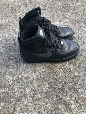 Size 7 men's Nike Lunar Force shoes >>size 8 1/2 women's. for Sale in Springfield, OR
