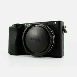 Sony A6300 24.2MP Digital Camera (Black - Body Only) + Guidebook for Sale in Nashville,  TN