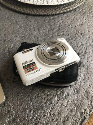 Nikon coolpix camera for Sale in Wichita, KS