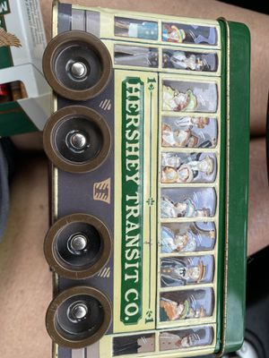 Hershey's vehicle series canister 2002 Tin #3 for Sale in Richmond, VA