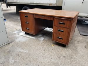 Teachers desk $150 (good condition) for Sale in Houston, TX