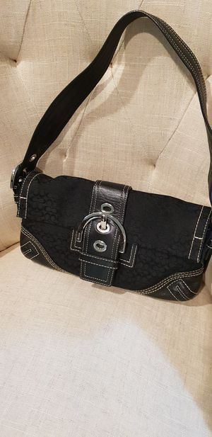 Authentic Coach shoulder bag for Sale in Mill Creek, WA