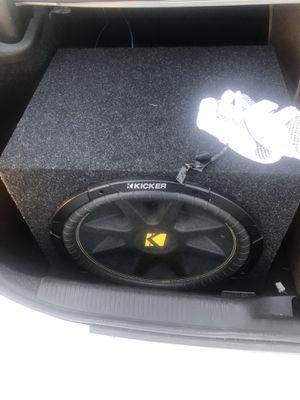 15' Kicker subwoofer w/ Rockford Fosgate amp. for Sale in Frederick, MD