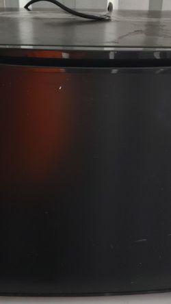 Black Mini Fridge for Sale in Columbia,  SC