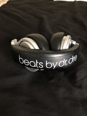 Headphones (Beats by Dre Studio Pro) for Sale in Ocoee, FL