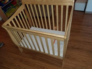 Wooden crib for Sale in Wenatchee, WA