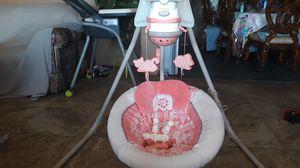 Babygirl swing for Sale in Hesperia, CA