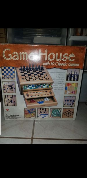 Game house with 10 classics game. Solid Wood for Sale in Garden Grove, CA