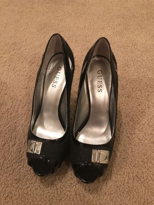Guess high heels size 7.5 for Sale in Tacoma, WA