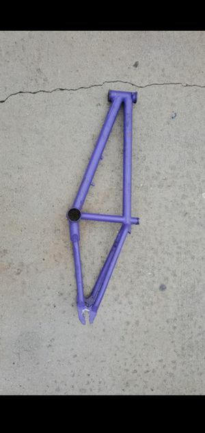 Gt 2000-5 bmx frame hardly used for Sale in Los Angeles, CA