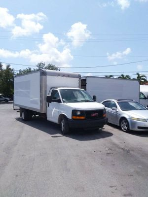 2012 GMC TRUCK CUTAWAY for Sale in Miami, FL