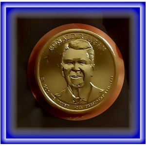 "Very Fine And Rare 2016 Mirror Finish Presedent Reagan ""Golden Dollar Presedential Dollar Coin"" for Sale in Lemoore, CA"