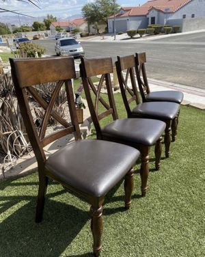 Kingston Raisin Traditional Dining Room Chairs ( FREE DELIVERY 🚚) EXCELLENT CONDITIONS for Sale in North Las Vegas, NV