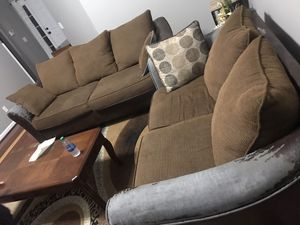 Free couches for Sale in La Vergne, TN