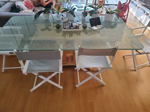 Crackled glass dining room table for Sale in Los Angeles, CA