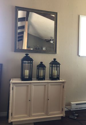 Mid modern century cabinet and mirror for Sale in Aurora, CO