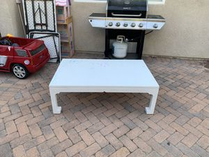 Large white coffee / play table for Sale in Anaheim, CA