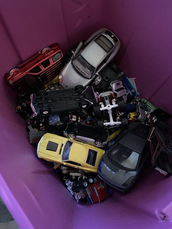 Tub of cars