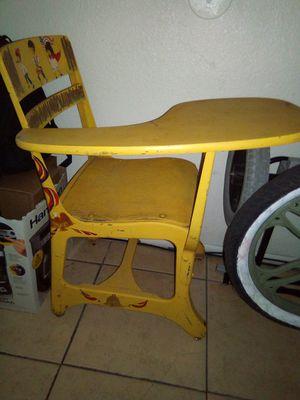 Antique , vintage kids desk 30.0p for Sale in Phoenix, AZ