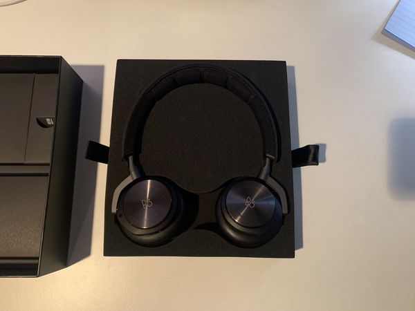 Beoplay H8 Wireless Bang Olufsen Black Aluminum Headphones