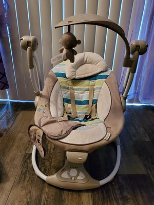 Portable baby swing for Sale in Tampa, FL