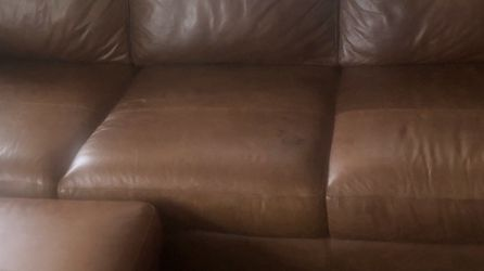 FREE LEATHER COUCH ! Great Condition for Sale in Anaheim,  CA