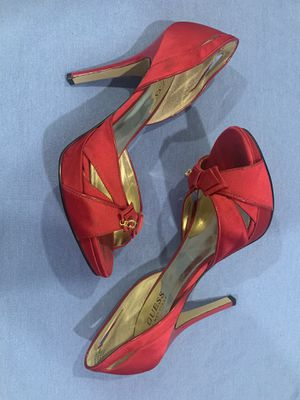 Guess Hot pink/ red high heels size 8 women for Sale in Los Angeles, CA