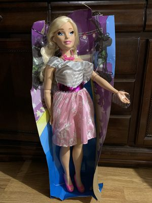 "Barbie 28"" Blonde Posable Just Play Best Fashion Friend-Doll - New Curvy Body -No Box for Sale in Pasadena, TX"
