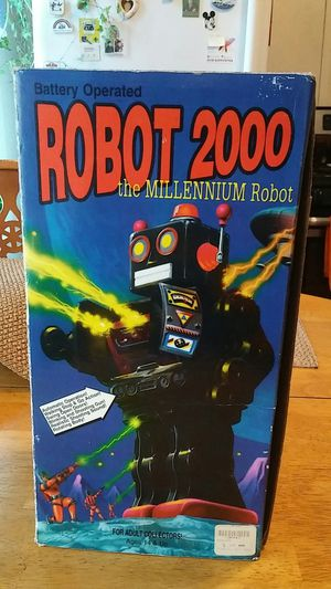Robot 2000..very cool..never used...original box for Sale in Cambridge, MA