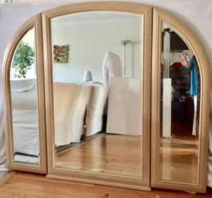 3-Panel Hinged Mirror for Sale in Crofton, MD