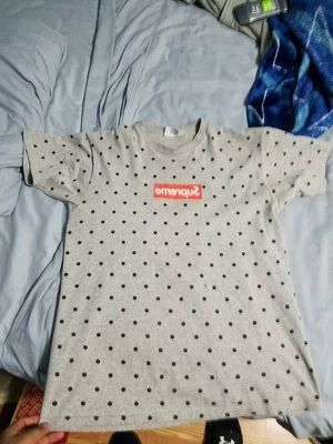 Supreme x cdg shirt Sz medium for Sale in New York, NY