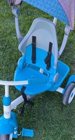 Little Tikes Tricycle for Sale in Salinas,  CA