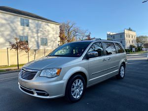 2012 chrysler town and country limited for Sale in Staten Island, NY
