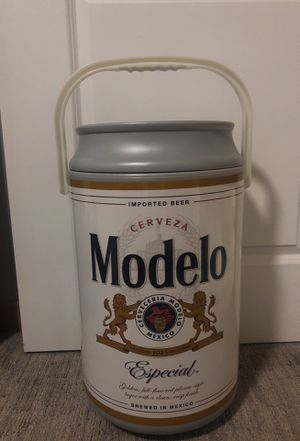 Modelo cooler for Sale in Tacoma, WA