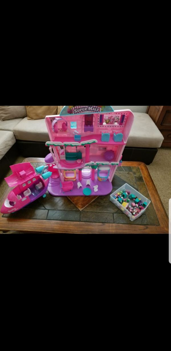 Shopkins house & airplane