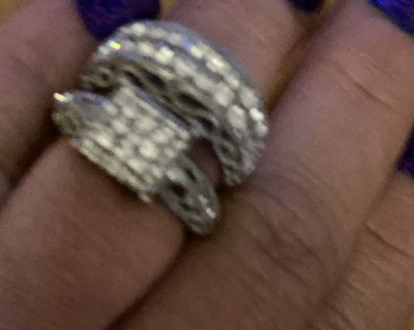 Engagement ring beautiful size 8