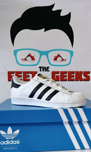 ADIDAS ORIGINALS SUPERSTAR SHELLTOES WOMEN SHOES SIZE 6.5 BRAND NEW WITH BOX $60 for Sale in Cleveland, OH
