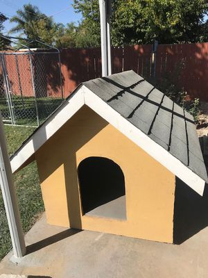 Big dog house for Sale in Sacramento, CA