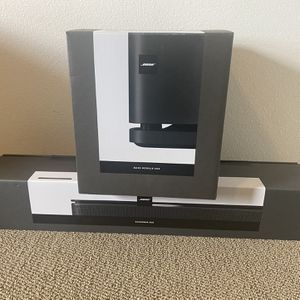 Bose Sounds Bar & Bose Subwoofer 500 Open Box for Sale in San Diego, CA