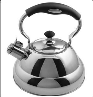 Chef's Secret® 2.75qt T304 Stainless Steel Tea Kettle with Copper Center Capsule Bottom for Sale in Fontana, CA