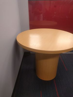 Round table for Sale in Cleveland, OH