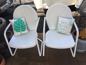 Metal Bouncy Motel Style Patio Chairs for Sale in Milwaukie, OR