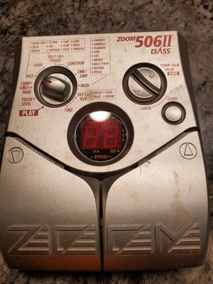 Effect zoom 506 II BASS multi effect AS IS $45 NO CORDS for Sale in Fresno, CA