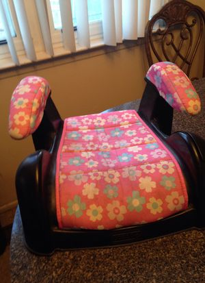 Cosco Booster Seat for Girls (Pink) for Sale in Sterling Heights, MI