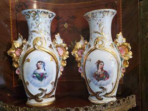 Antique pair of vases old Paris for Sale in Tampa, FL