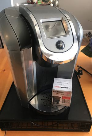 Keurig with pod stand and reusable k-cup for Sale in Great Falls, VA