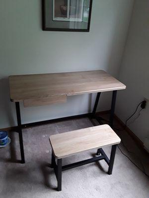 Desk for Sale in Elburn, IL